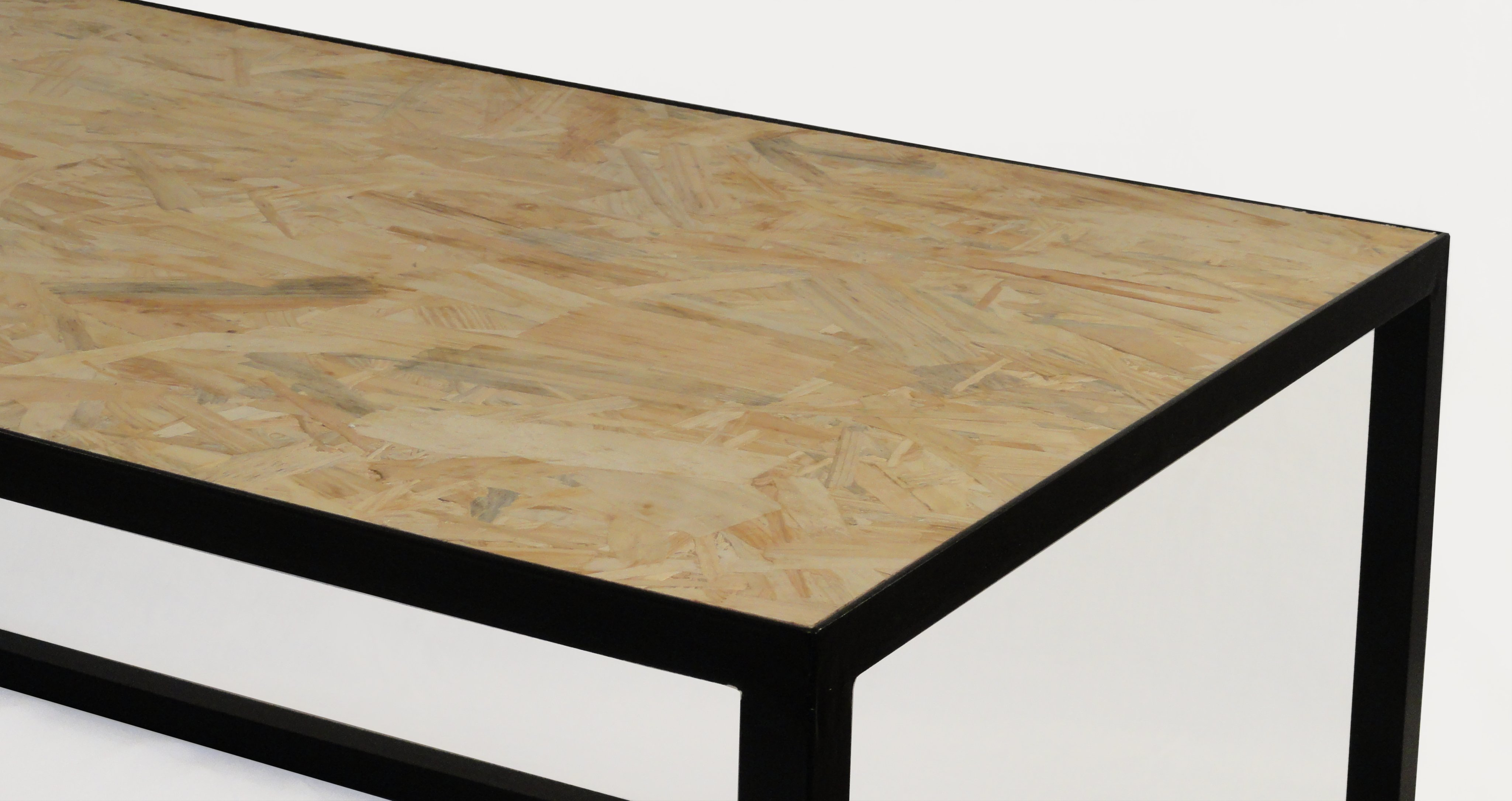 Table basse bois osb for Table exterieur osb