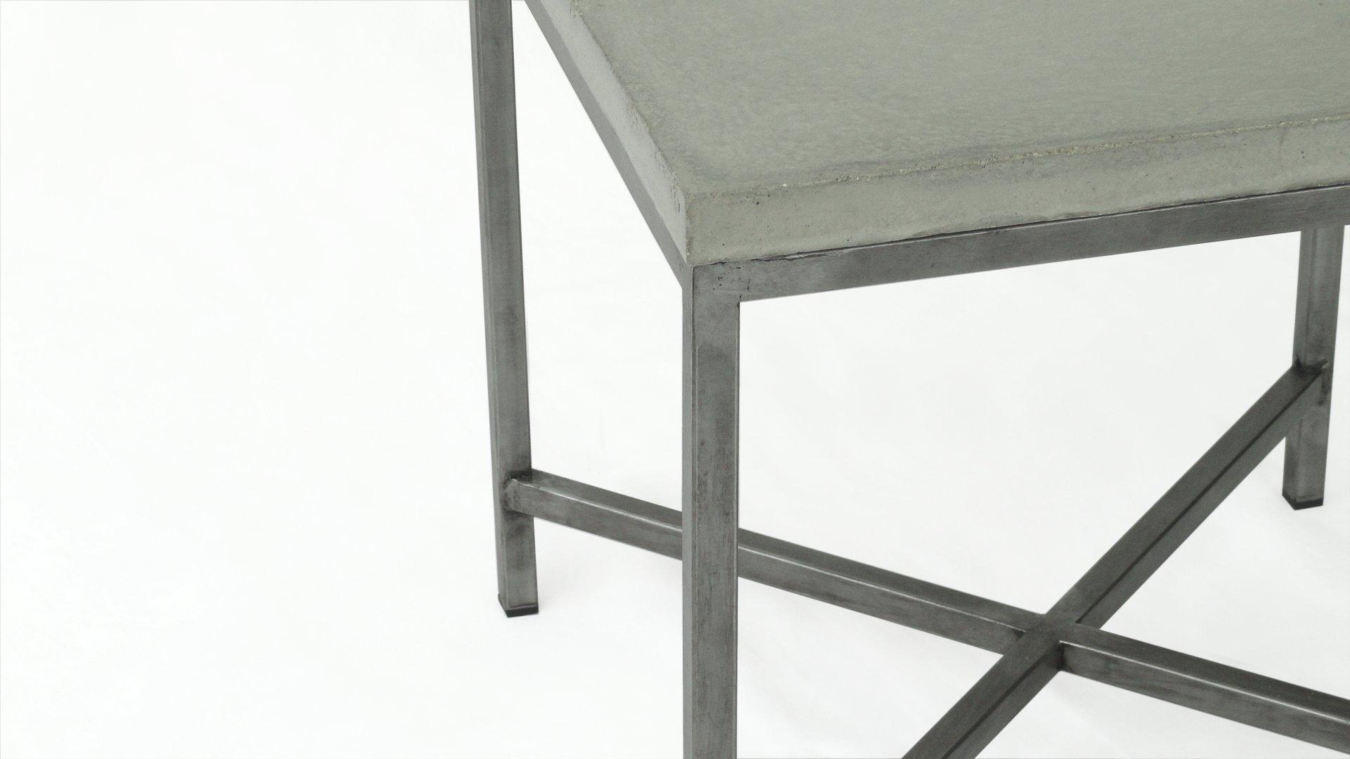 table de chevet bout de canap en b ton et acier. Black Bedroom Furniture Sets. Home Design Ideas
